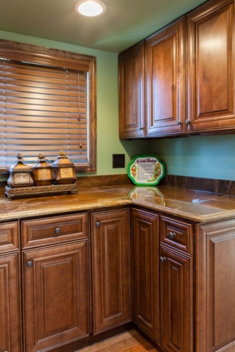 Chocolate Glazed Kitchen Remodel Job Cabinets