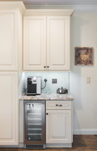 Creme Glazed Kitchen Remodeling Cabinet View